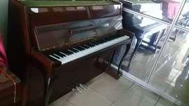 Piano Yamaha LU - 101 T