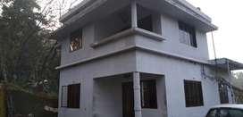 2 floor house for sale near to vellarikundu