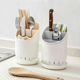Knife and spoon holder