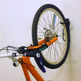 Holder Sepeda Dinding Bracket