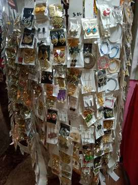 Antik new jewellery.