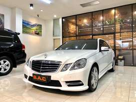 Mercedes Benz E300 AMG Line w/ Panoramic Roof 2013, Km 43rb Rendy SAC