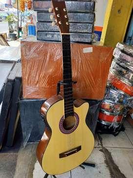 Gitar akustik pemula eq