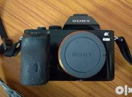 Sony a7s and sony 16-50mm lens  3years old