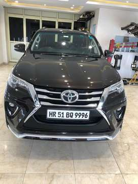 Toyota Fortuner 3.0 4x2 Automatic, 2017, Petrol