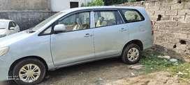innova car on rent