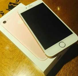 Apple iPhone 7  with Box, Accessories, Excellent Condition.