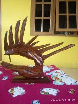 Hiasan kepala Naga kayu