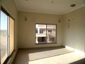 3rd Floor 2 Bed Dd West Open Flat Available In Sanober Twin Towers