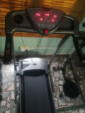Branded Cosco Treadmill for sale