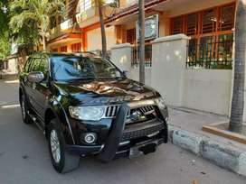 Mitsubishi Pajero exceed th 2011