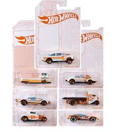 Hotwheels 2020 Pearl and Chrome Edition 1/64 scale