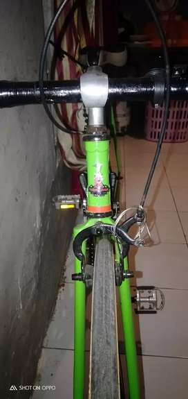 Sepeda Road Bike  Merk Raleigh