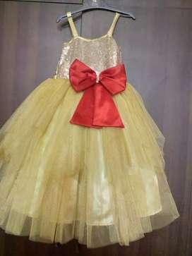Ball gown dress for girls
