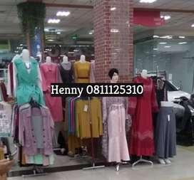 Dijual murah: 1 set Patung wanita untuk jual baju.