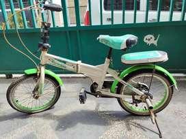 Sepeda lipat anak apa adanya