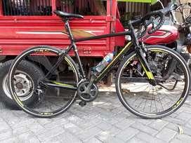 Road bike stratos Polygon S4