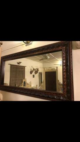 King size beautiful wall mirror