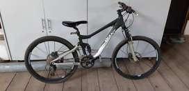 Jual cepat Sepeda gunung Trance 3 giant