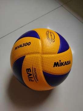 Bola Voli (volleyball)  Mikasa Original MVA300