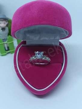 Cincin wanita silver love luxury