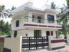 New 1650sqft House 4cent Mukkikada