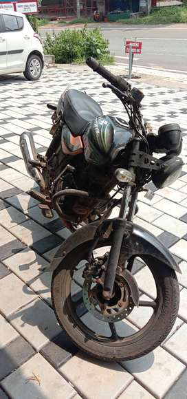 Bajaj discover 150 in good condition,headlight changed to round .