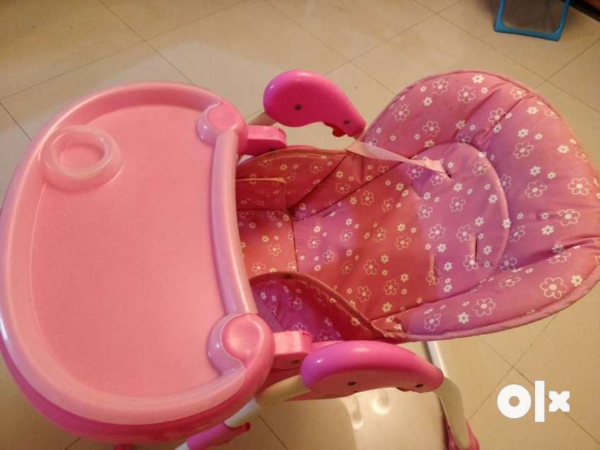 Baby's Pink And White High Chair 0