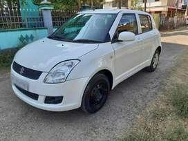 Maruti Suzuki Swift VXi, 2011, Petrol