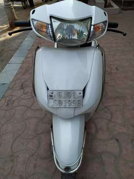 Honda activa 2013 model available in white color