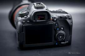 Selling for Canon EOS cemara 6d Mark 2