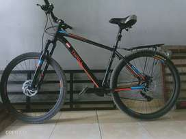 Sepeda MTB Thrill cleve 1.0