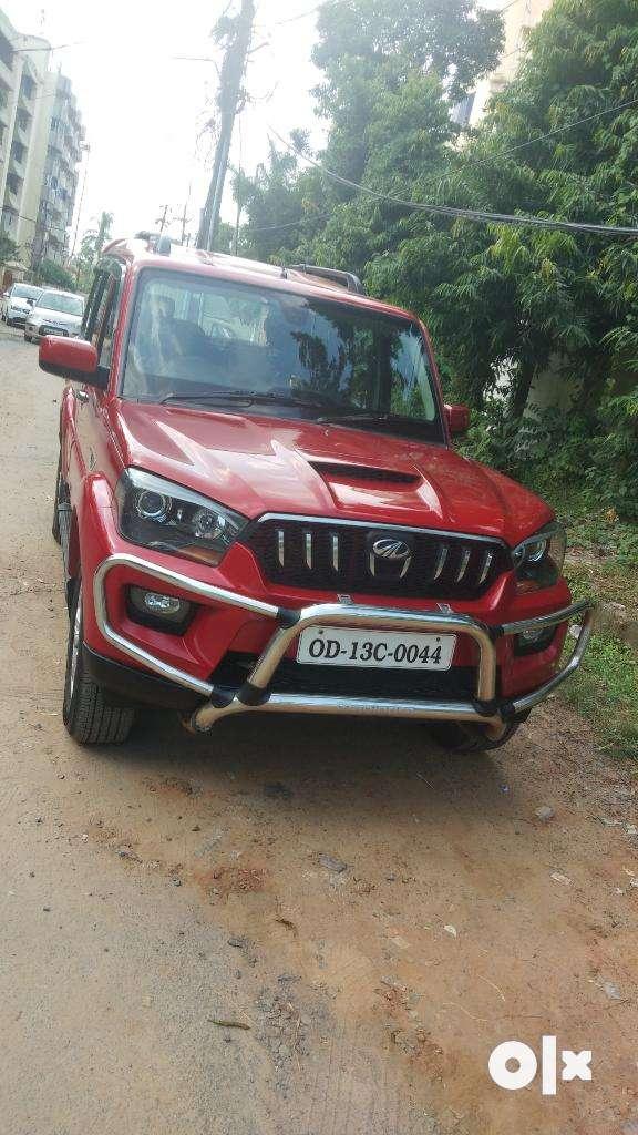 Mahindra Scorpio S10, 2015, Diesel 0