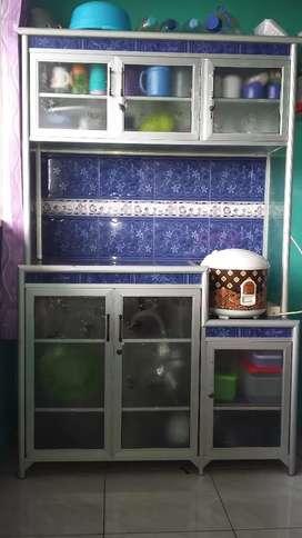 Dijual lemari dapur/rak piring size besar,(kondisi bagus,mau pindahan)