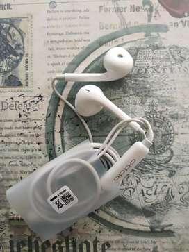 Headset/ HF/Earphone OPPO Original cabutan Box F9