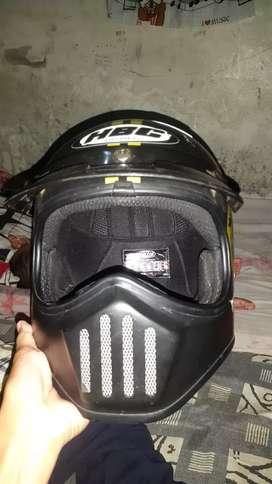 Dijual helm standart balap