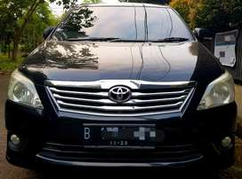 Toyota Kijang Innova G Diesel AT 2012