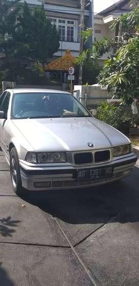 BMW 323i matic tahun 1996