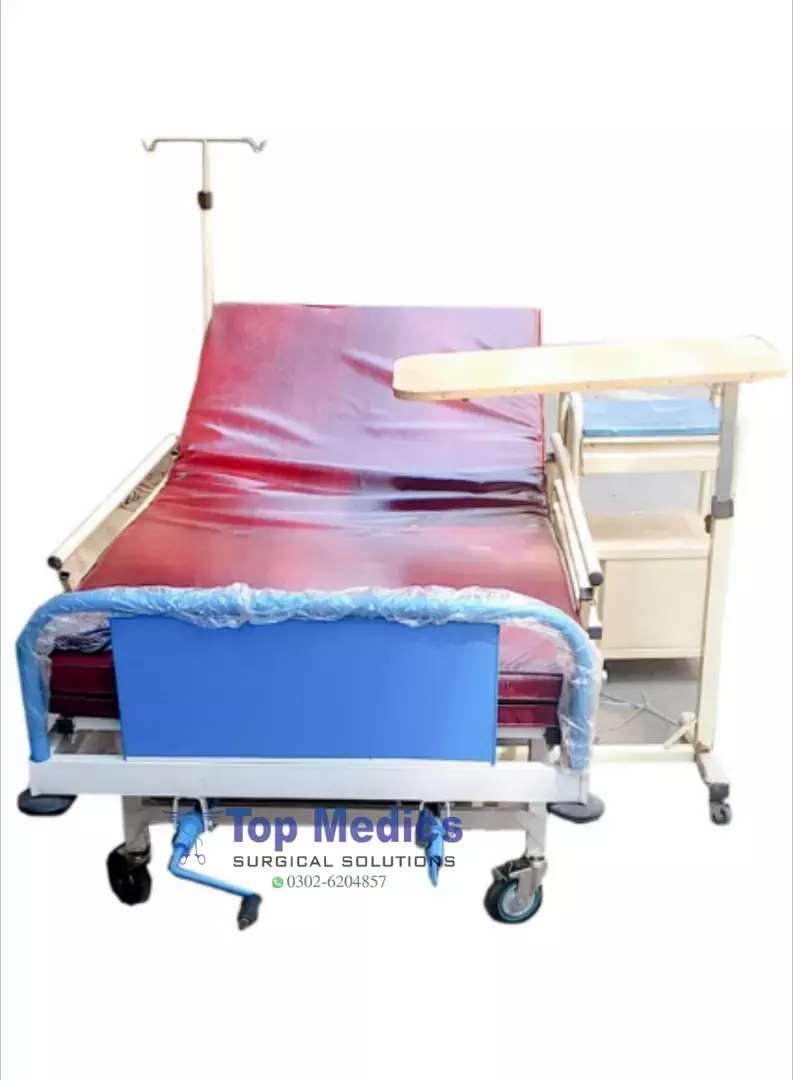 Single Crank Manual Hospital Patient Bed With Best Price