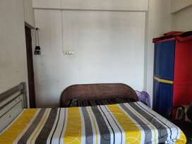 Shared room in Meera Tower, Andheri West for working professional only