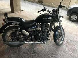 Thunderbird 350cc black colour with coating on body