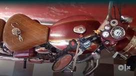 Classic 500cc,or  exchange with activa maistro