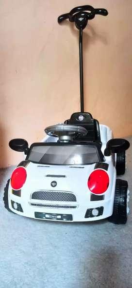 Mobil Mobilan Dorong Anak