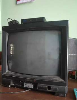 Onida colour t.v for sell .
