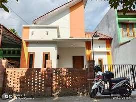 Dijual Rumah Siap Huni di Selatan Blok O