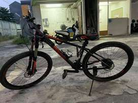 Sepeda Gunung Polygon Xtrada 27.5