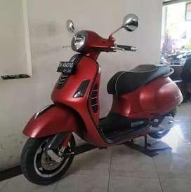 Bali dharma motor // jual Vespa GTS tahun 2018