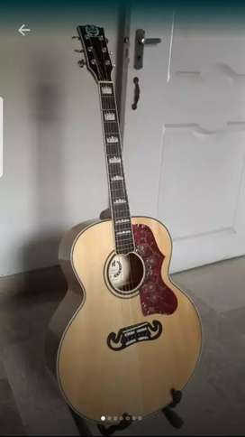 MBat Ej200 USA Made Guitar Semi Accoustic