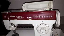 Singer  Professional discometic sewing machine Model 974