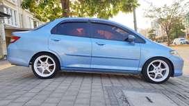 Honda city idsi 2004 bagus siap tampil